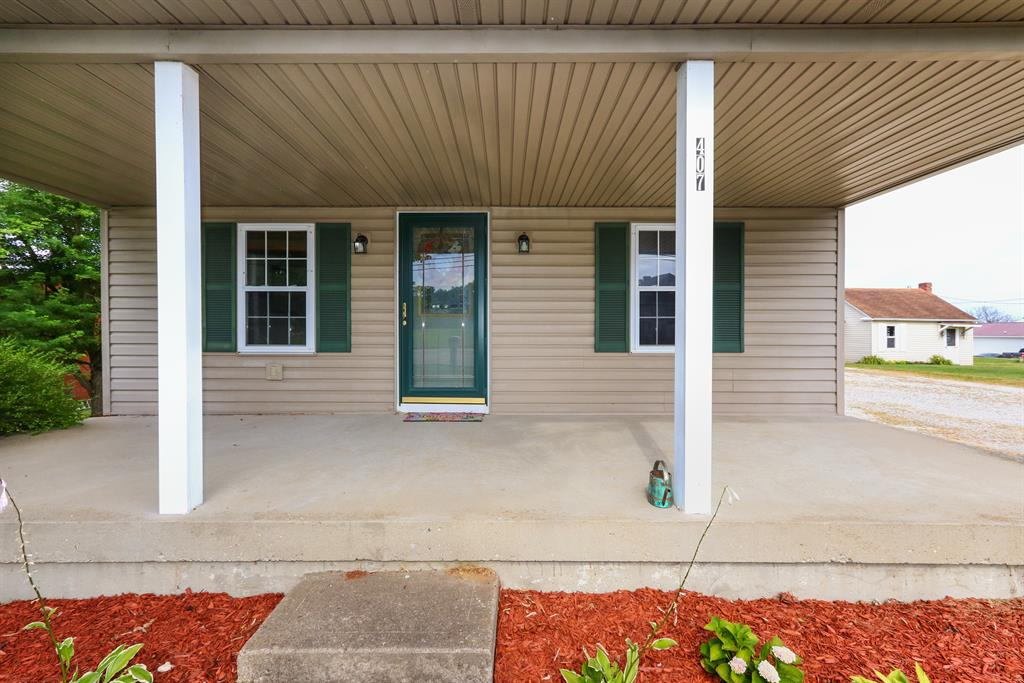 Entrance for 407 Bielby Rd Lawrenceburg, IN 47025