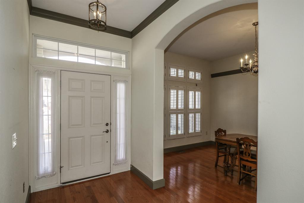 Foyer for 683 Silver Ledge Cold Spring, KY 41076