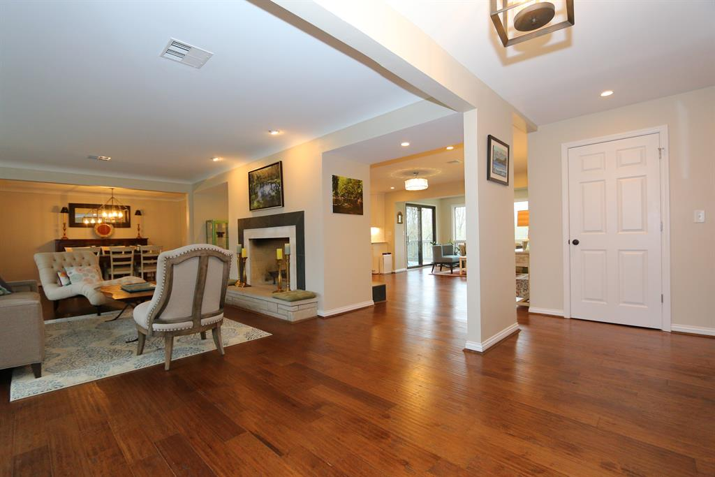 Foyer for 8808 Raiders Run Rd Sycamore Twp., OH 45236
