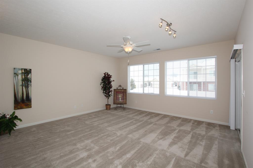 Living Room for 9616 Daybreak Ct Union, KY 41091