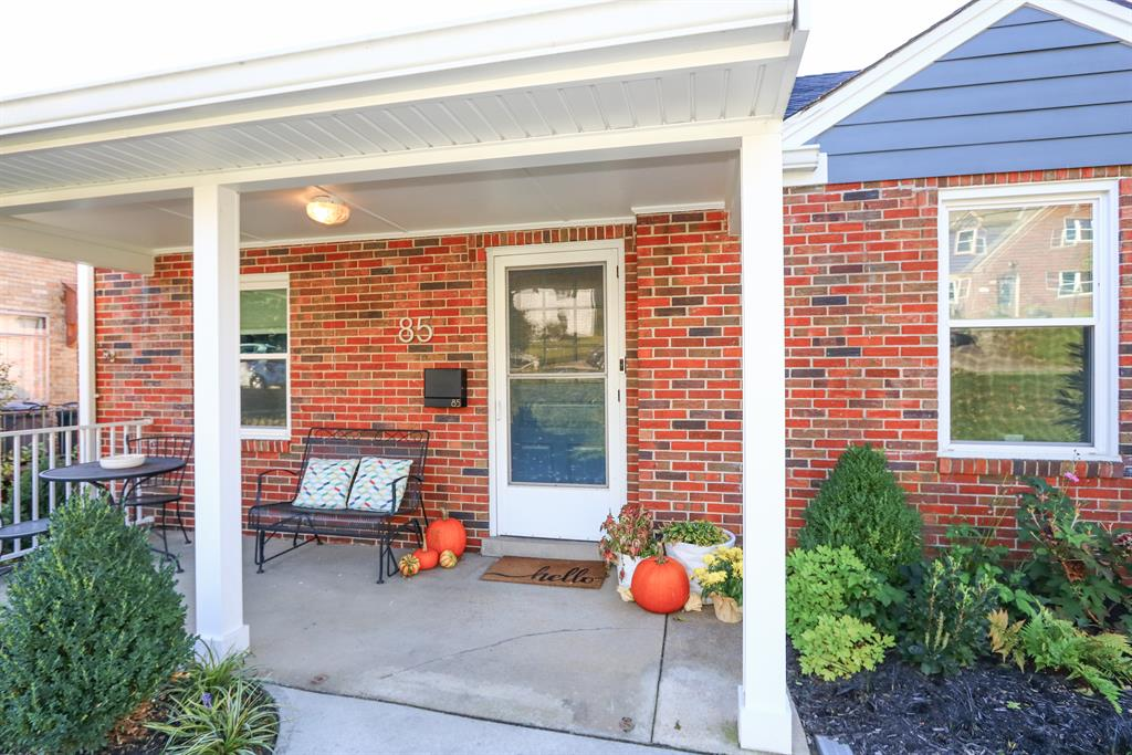 Entrance for 85 S Crescent Ave Fort Thomas, KY 41075