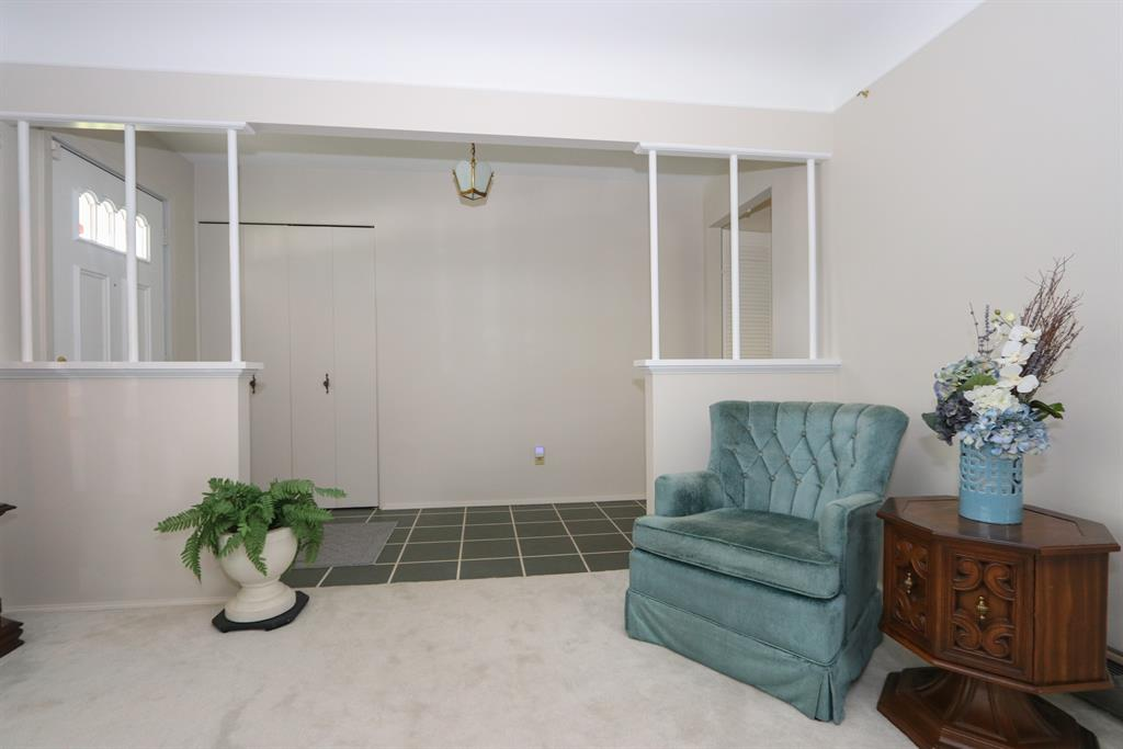Foyer for 6680 Daly Rd College Hill, OH 45224