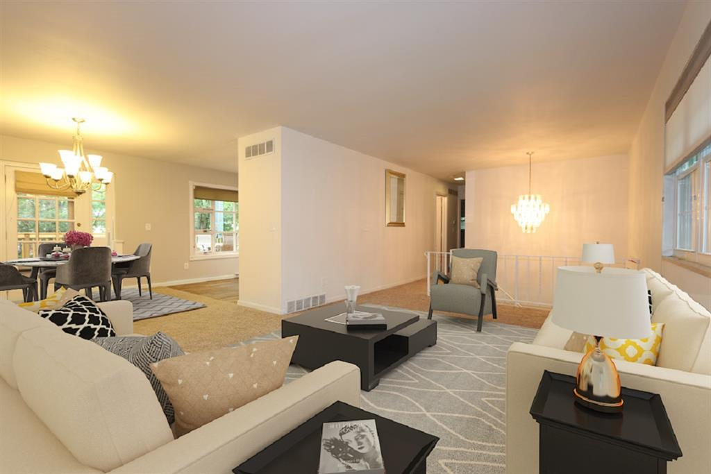 Living Room for 112 Fieldstone Dr Terrace Park, OH 45174