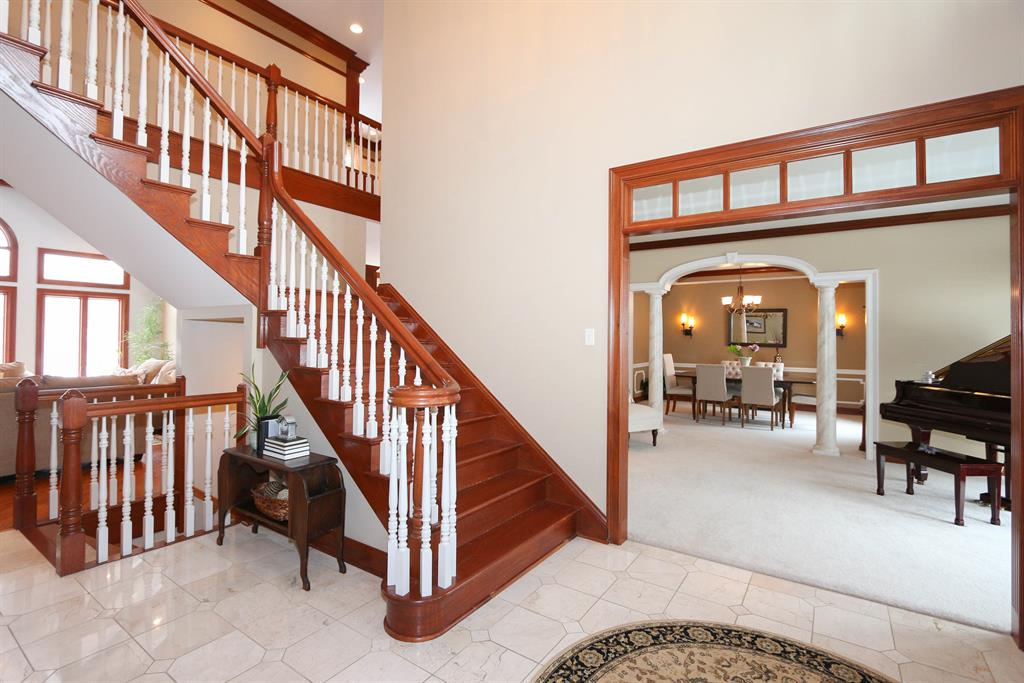Foyer image 2 for 804 Englewood Ct Villa Hills, KY 41017