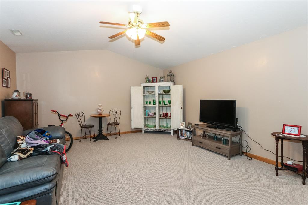 Living Room for 298 Amber Way Butler, KY 41006