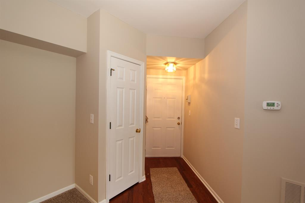 Foyer for 5361 Heatherstone Ct, 2H Taylor Mill, KY 41015