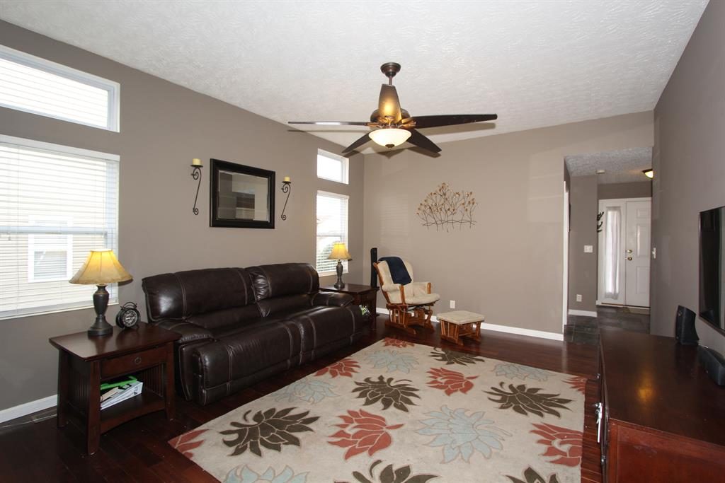 Living Room for 3123 Summitrun Dr Independence, KY 41051