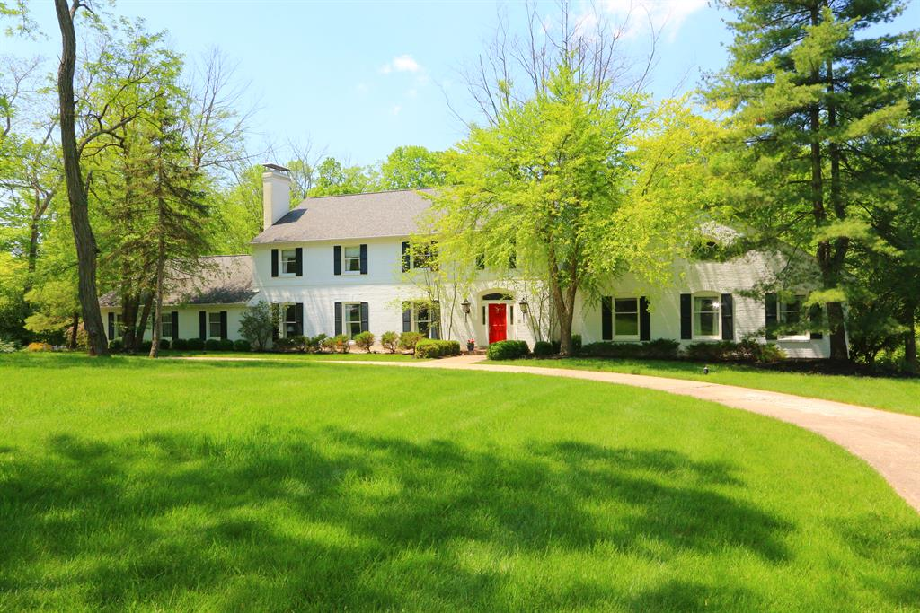 8625 Pipewell Ln Indian Hill, OH