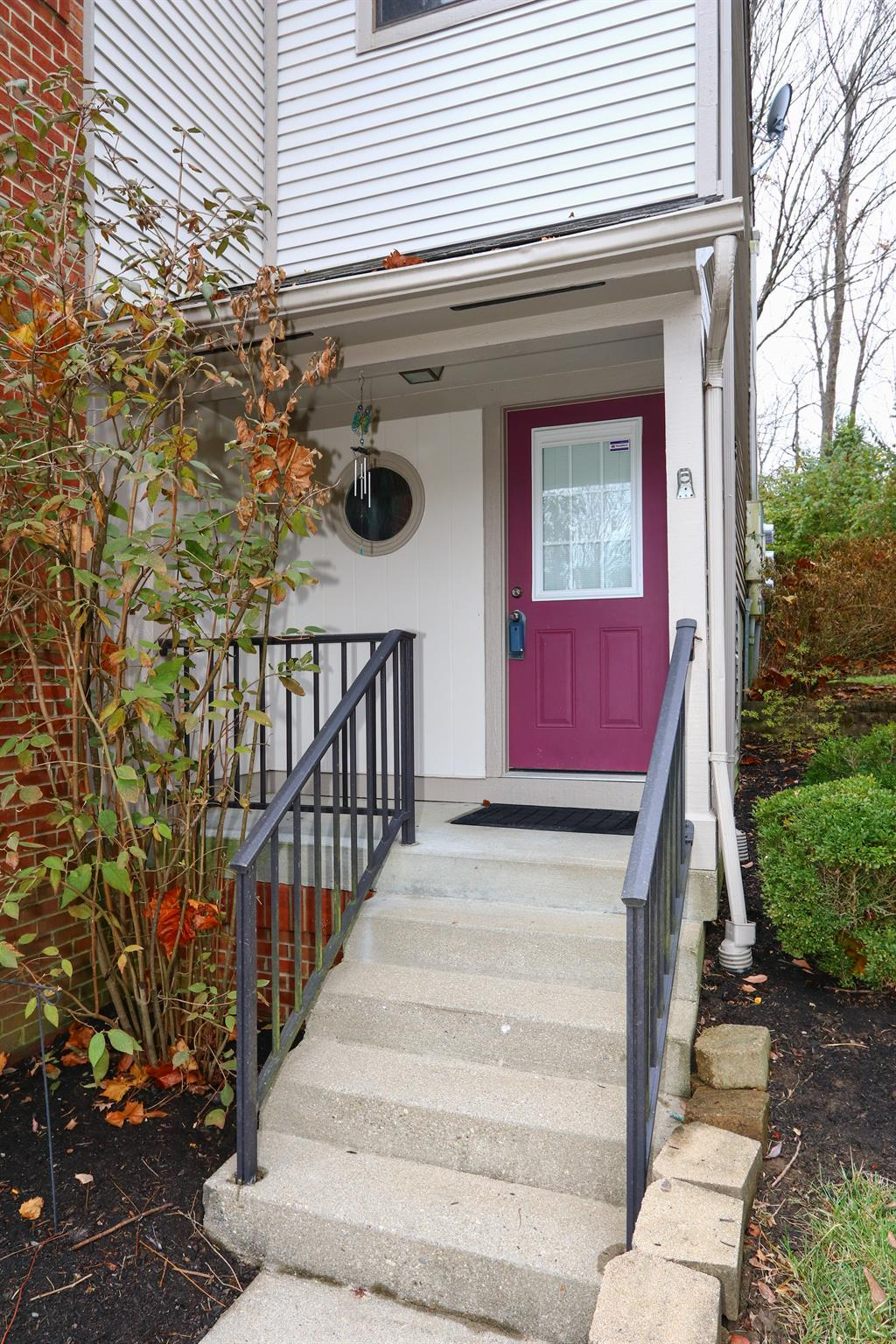 Entrance for 6639 Fairways Dr Florence, KY 41042