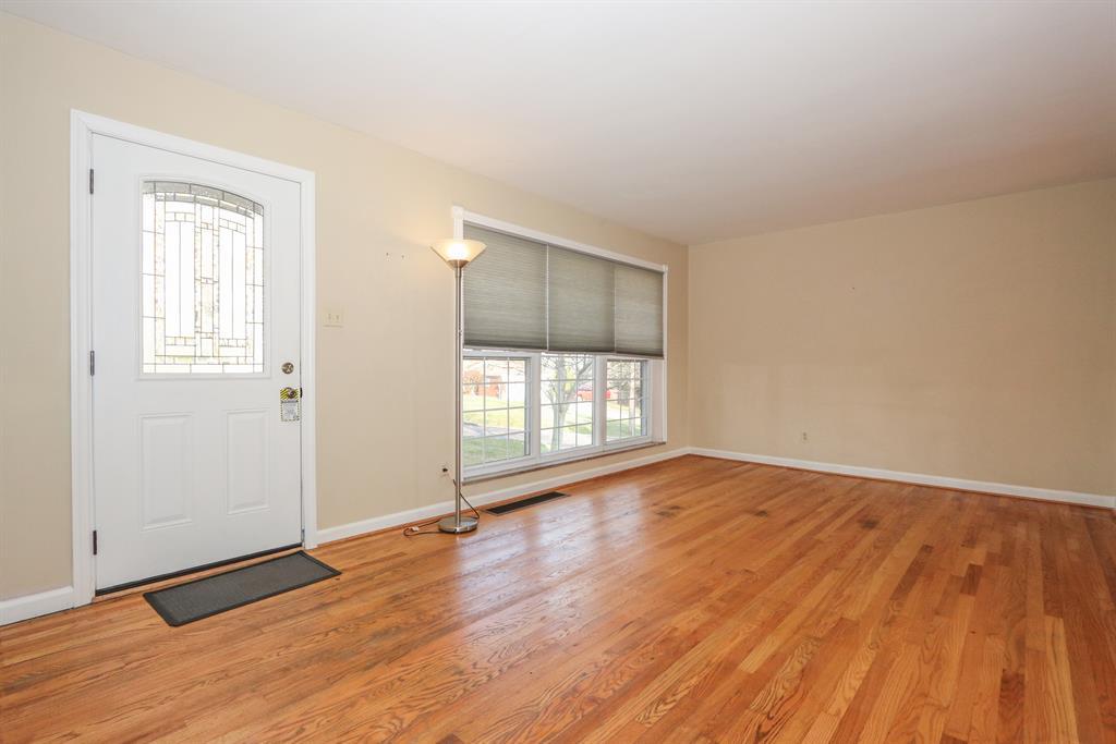 Living Room for 3646 Sandal Ln Bridgetown, OH 45248