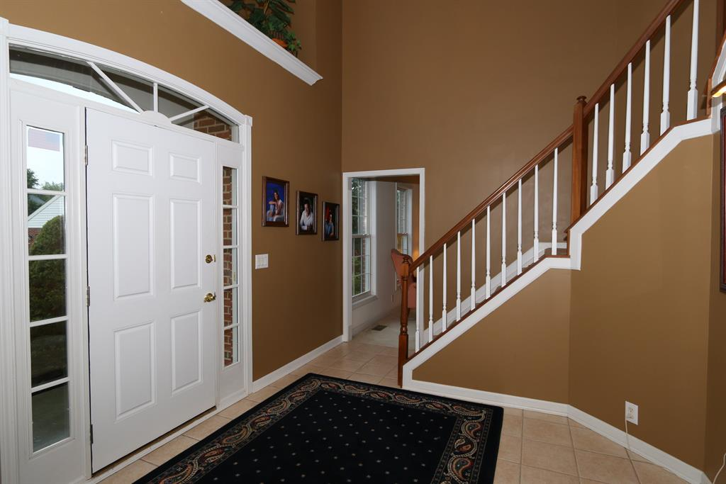 Foyer for 11511 Herber Ct Union, KY 41094