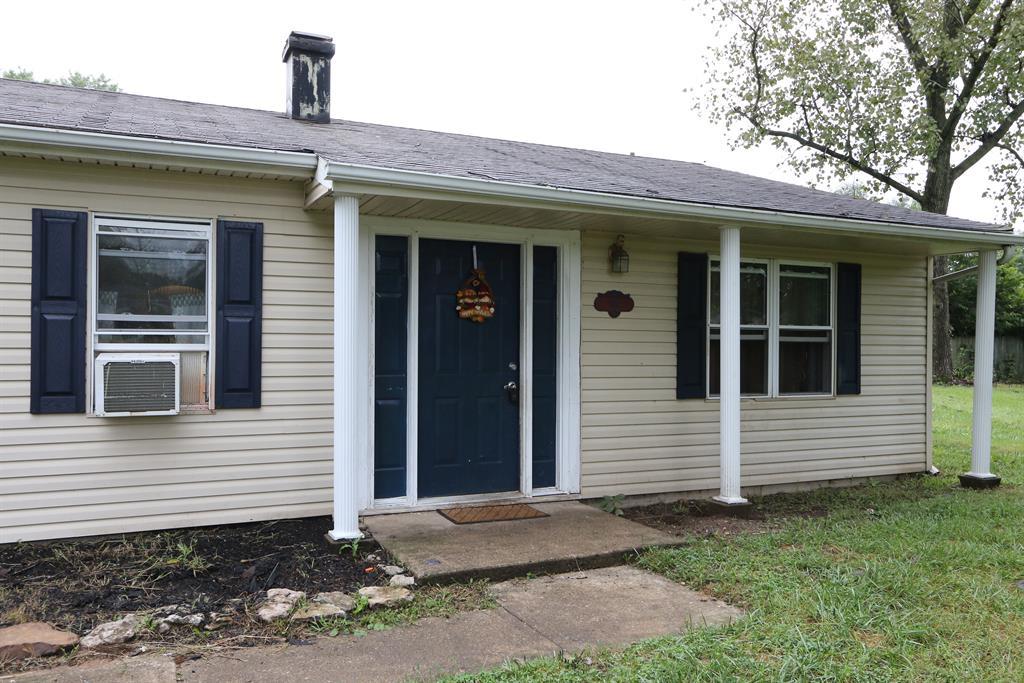 Entrance for 940 Carolyn Ct Carlisle, OH 45005