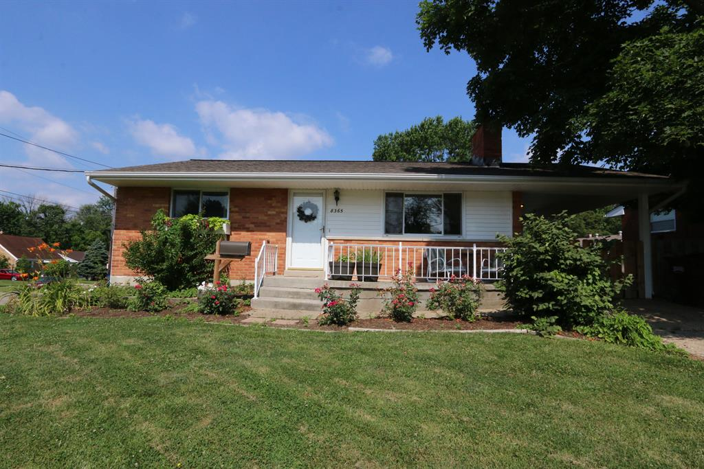 8365 Chesswood Dr Groesbeck, OH