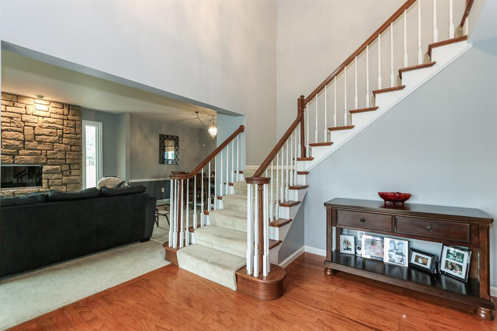 Foyer for 1035 Stallion Way Union, KY 41091