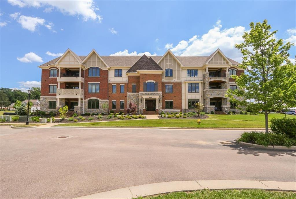 Exterior (Main) for 9506 Park Manor Blvd #203 Blue Ash, OH 45242