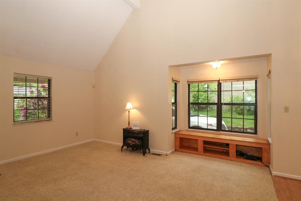 Living Room for 2 Dallas Dr Butler, KY 41006