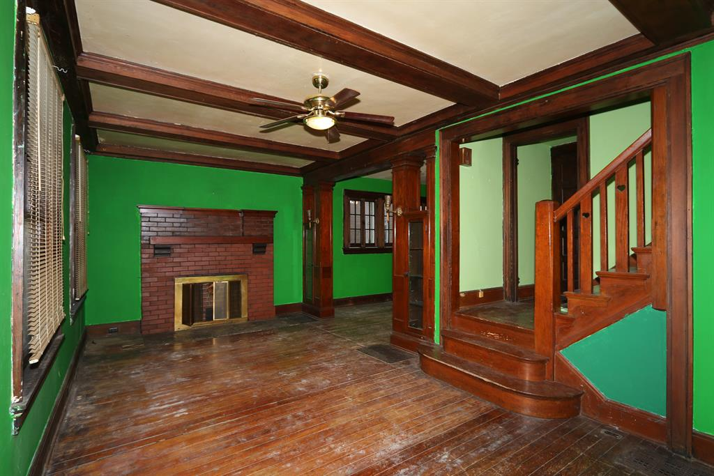 Living Room for 2025 Scott St Covington, KY 41014