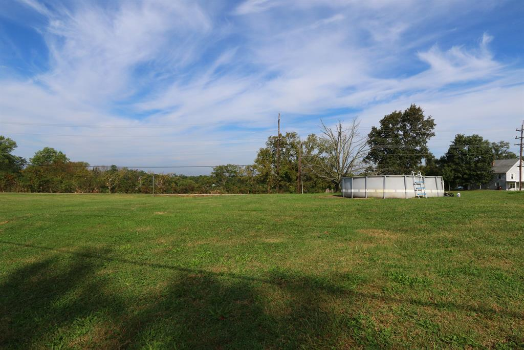 Yard for 11398 Staffordsburg Rd Independence, KY 41051