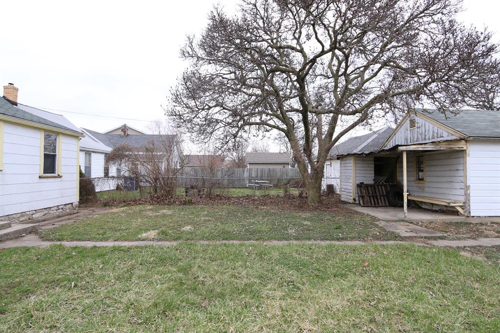 Yard for 108 Church St Dayton, OH 45410