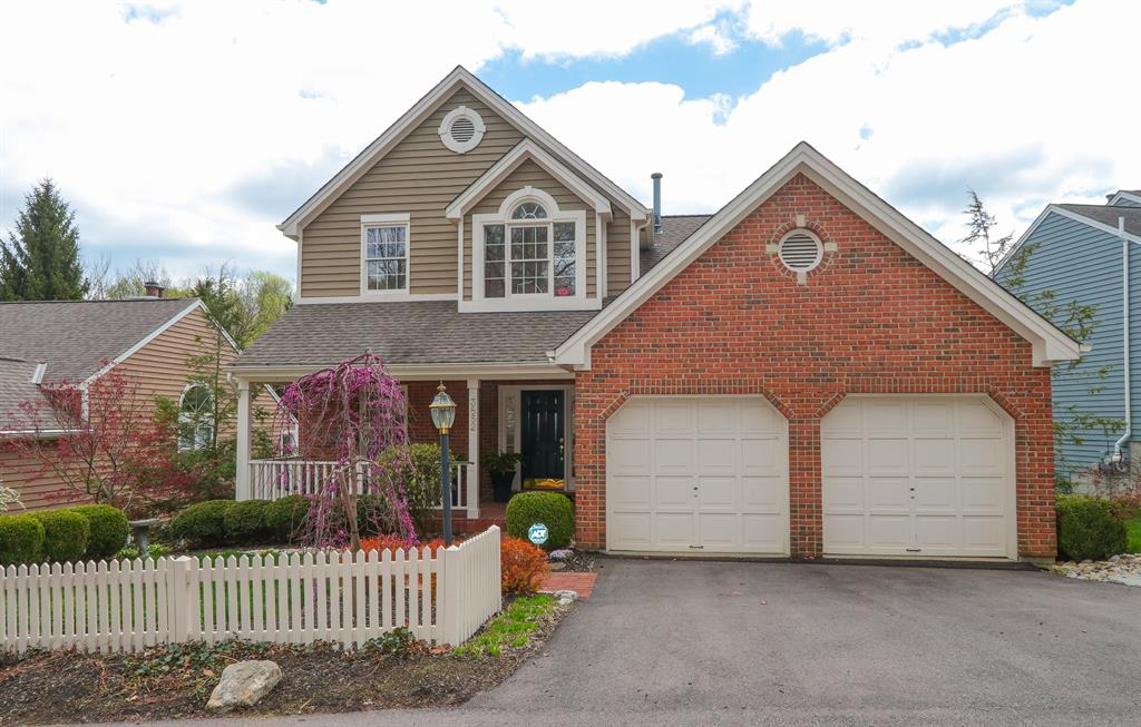 Exterior (Main) for 3852 Chimney Hill Dr Blue Ash, OH 45241