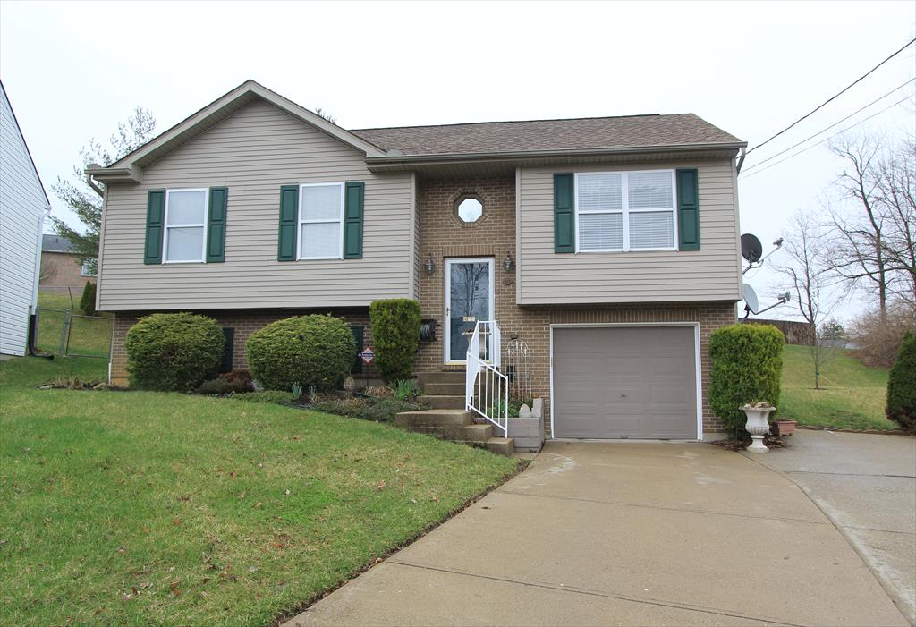 Exterior (Main) for 477 Rifle Ln Elsmere, KY 41018