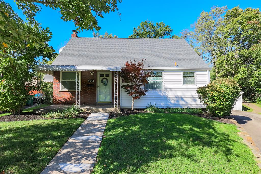 7941 Cherrywood Court College Hill, OH