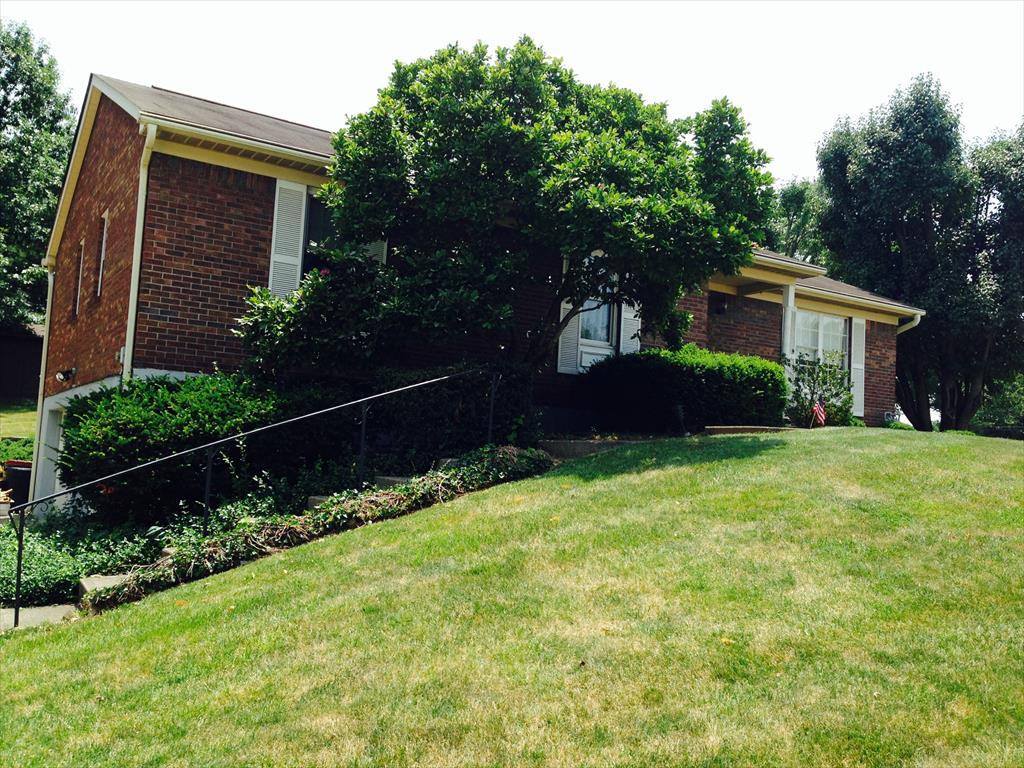 Exterior (Main) for 14 Honey Tree Ln Highland Heights, KY 41076