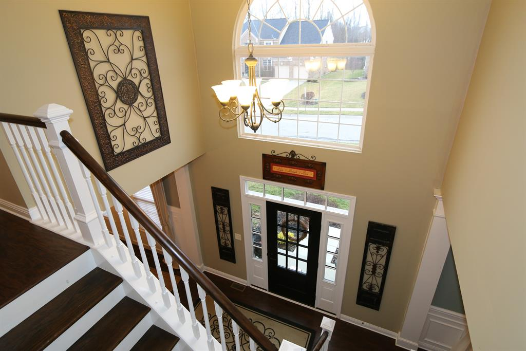 Foyer for 1482 Bottomwood Dr Hebron, KY 41048