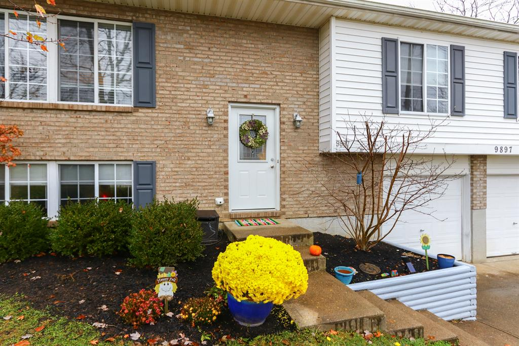 Entrance for 9897 Flagstone Dr Independence, KY 41051