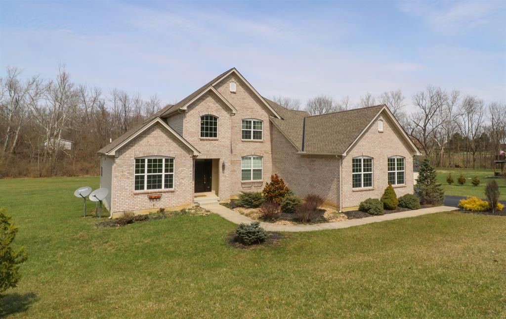 94 Walnut Glen Dr Liberty Twp (Clinton Co), OH