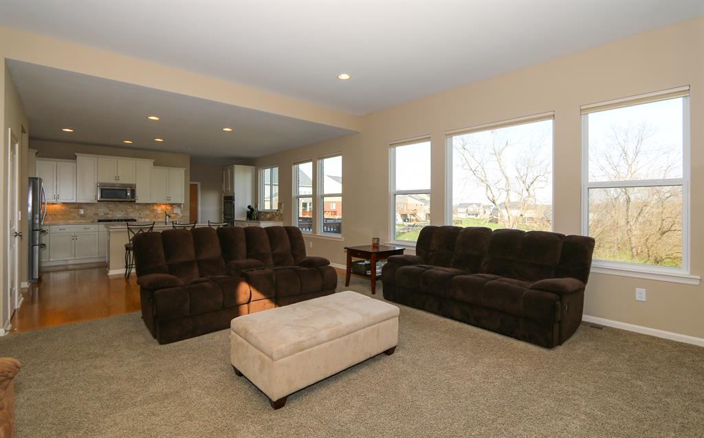 Living Room for 1301 Verbena Ct Hebron, KY 41048