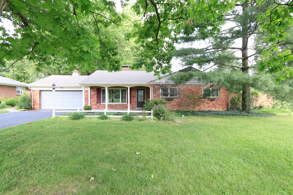 8191 Fontaine Ct Amberley, OH