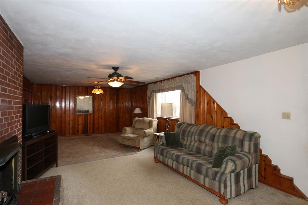 Living Room for 4726 Waynes Trace Rd Hamilton, OH 45011