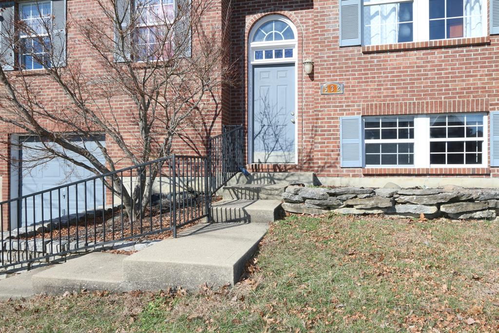 Entrance for 532 Grouse Ct Elsmere, KY 41018