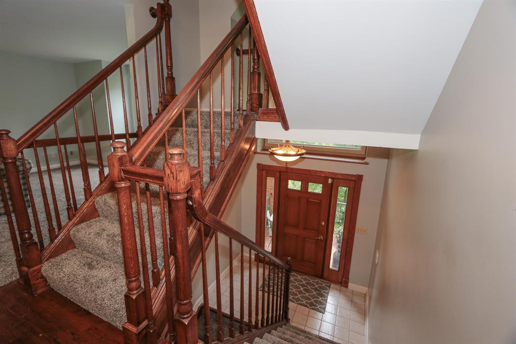 Foyer for 830 Covert Run Pike Fort Thomas, KY 41075