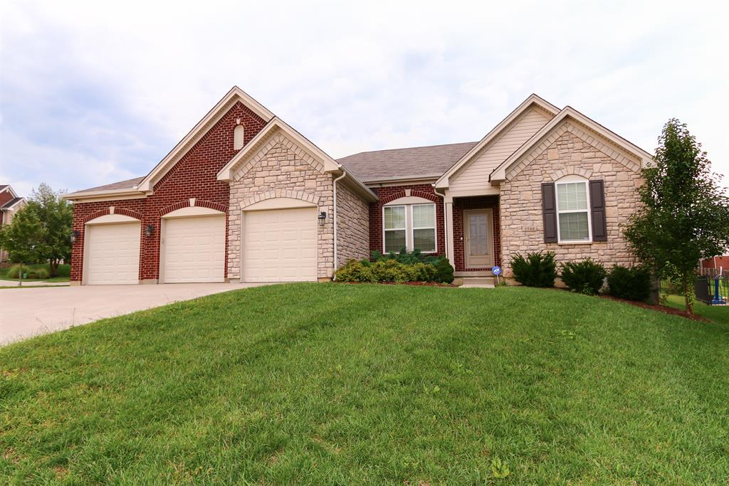 2548 Softwind Ct Hebron, KY