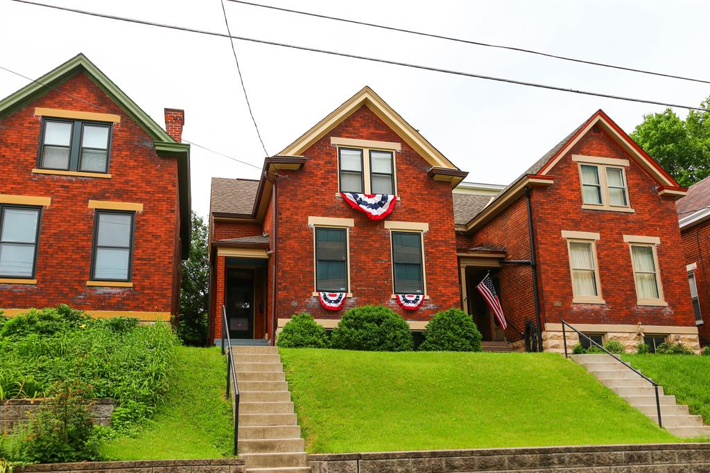 Exterior (Main) for 338 E 2nd St Newport, KY 41071