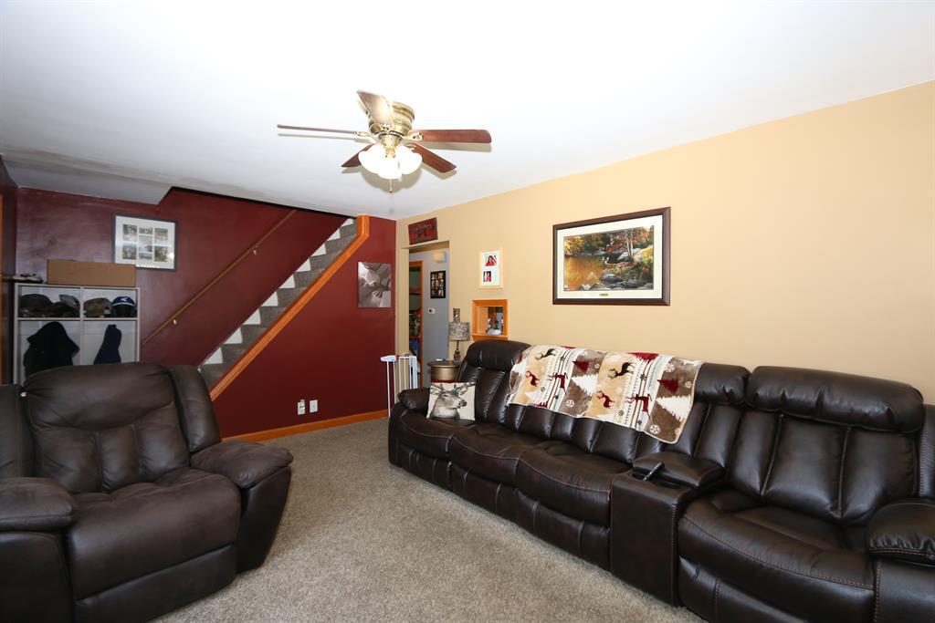 Living Room image 2 for 8420 Persimmon Grove Pike Alexandria, KY 41001