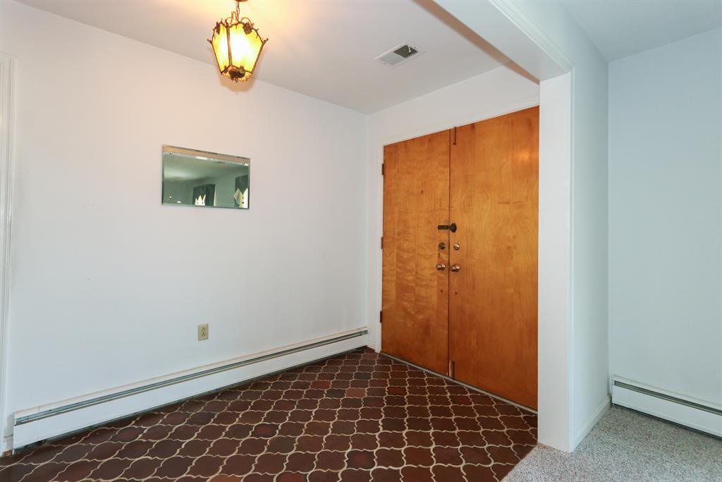 Foyer for 3043 Ashley Dr Edgewood, KY 41017