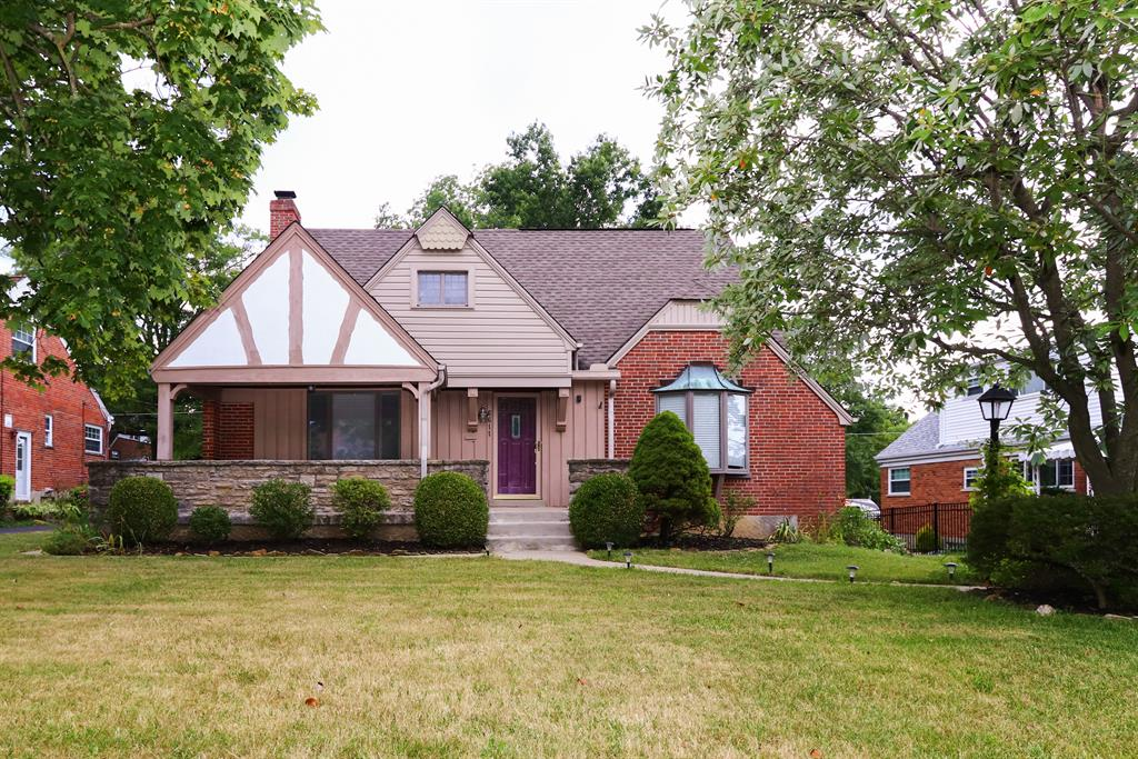 6611 Greenfield Dr Finneytown, OH