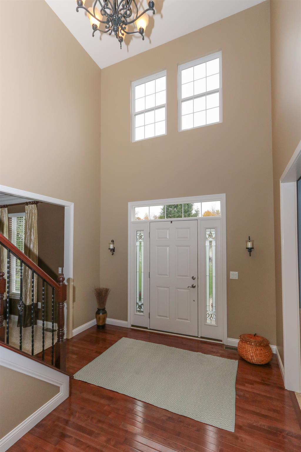 Foyer for 1119 Westchester Wy Union Twp. (Clermont), OH 45244