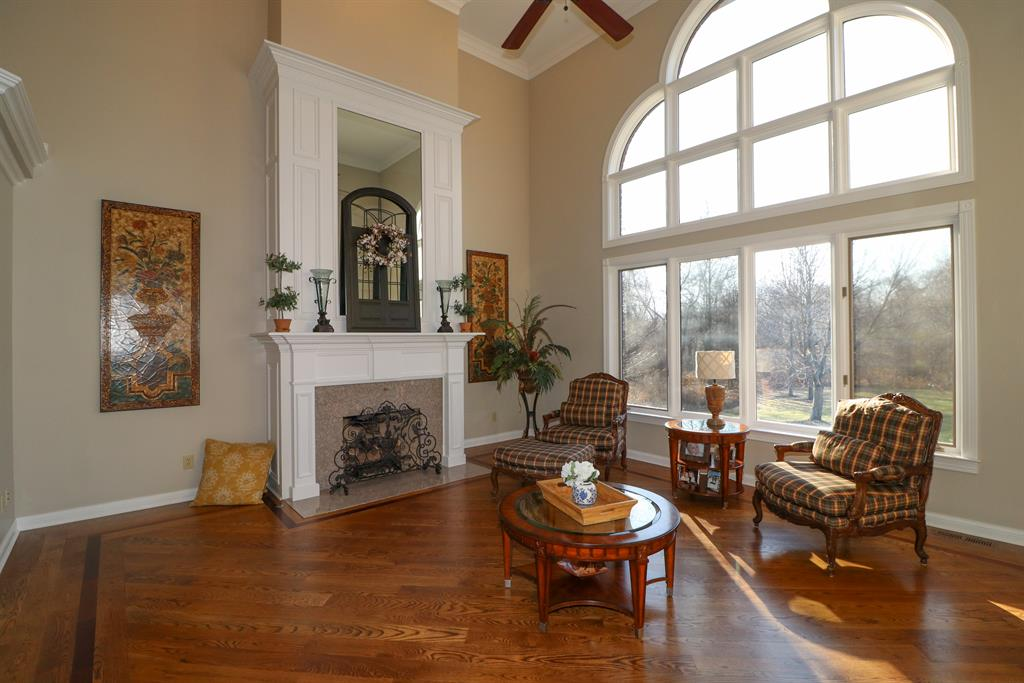 Living Room for 11269 Longden Way Union, KY 41091