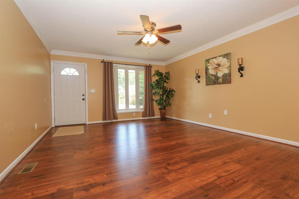 Living Room for 928 Yarger Dr Anderson Twp., OH 45230