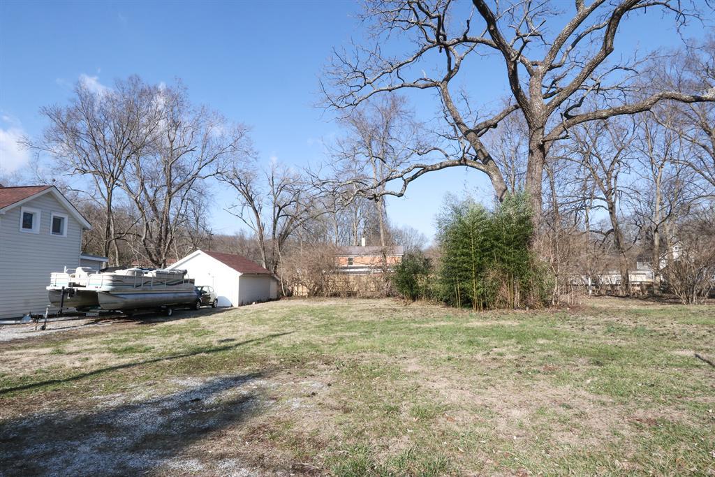 View 2 for 626 Center St Loveland, OH 45140