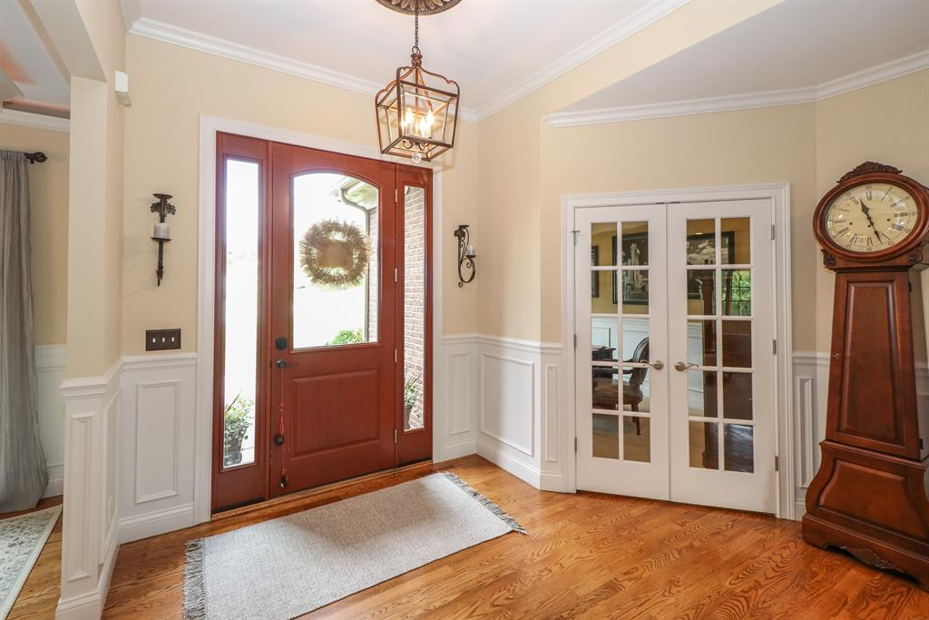 Foyer for 710 Iron Liege Dr Union, KY 41091