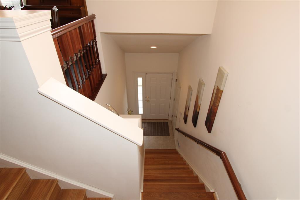Foyer for 5902 Marble Way Cold Spring, KY 41076