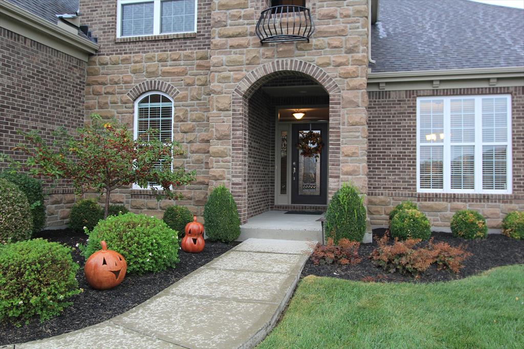 Entrance for 2619 Twin Hills Ct Union, KY 41091