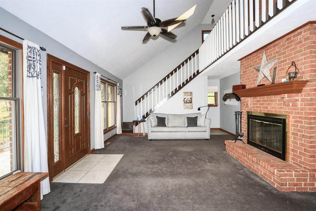 Living Room for 11913 Burns Rd California, KY 41007