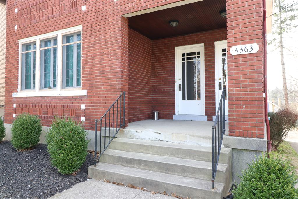 Entrance for 4363 Ridgeview Ave Price Hill, OH 45238